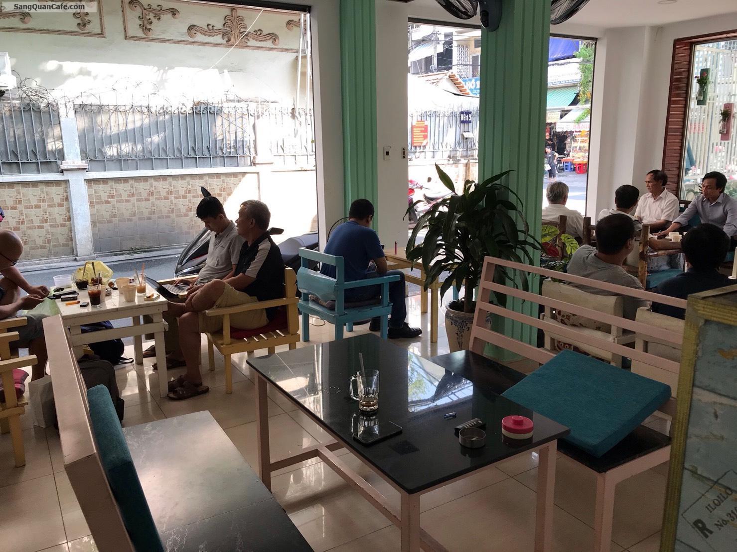 Sang mặt bằng quán Cafe - cơm văn phòng 2 mặt tiền