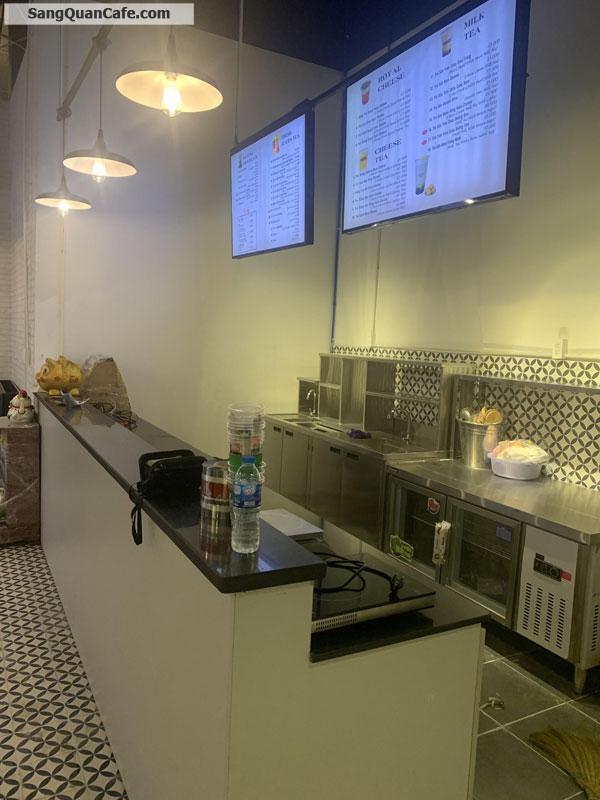Sang mặt bằng Trà sữa, Cafe trong TTTM Quận 4