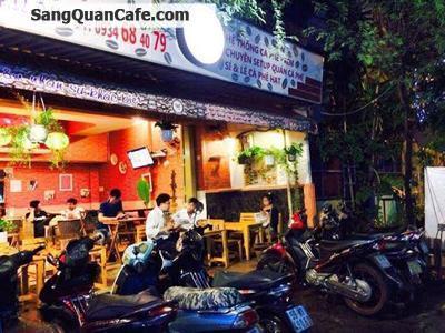 Sang quán cafe  có doanh thu cao và ổn định.