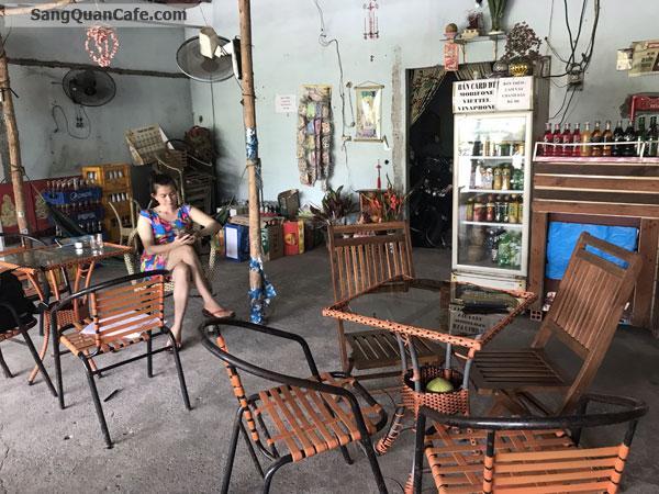 Sang quán cà phê ở Củ Chi