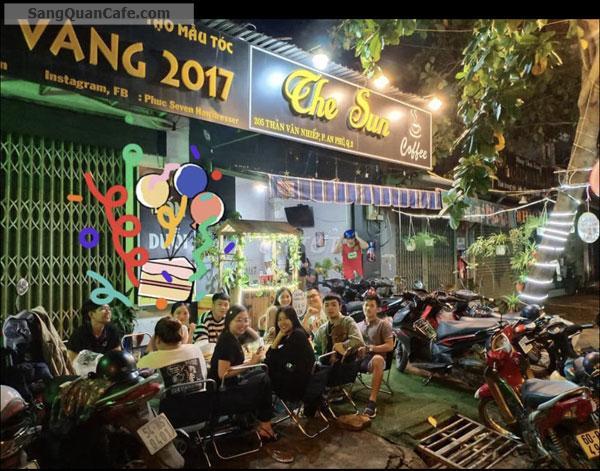 Sang quán cafe  gần ngã 3 Nguyễn thị Định