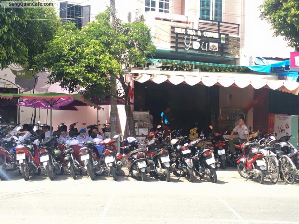 Sang Quán Cafe + Trà Sữa nằm đối diện trường THPT TÂN BÌNH