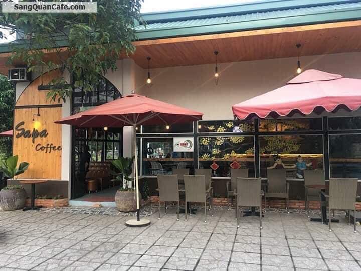 Sang quán cafe 300m2 gồm phòng máy lạnh, sân vườn, hát với nhau