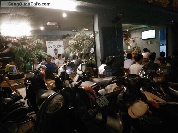 Sang quán cafe bóng đá 2 mặt tiền Đường lớn