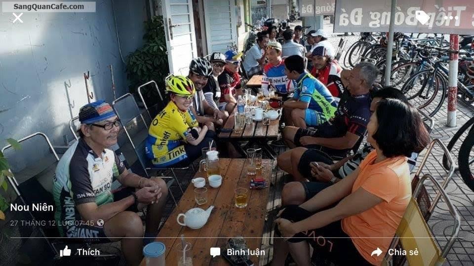Sang quán cafe bóng đá đường Phạm Văn Đồng