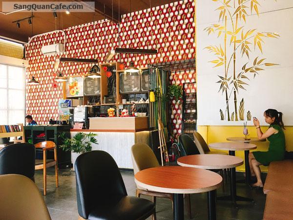 Sang Quán Cafe có 2 mặt tiền