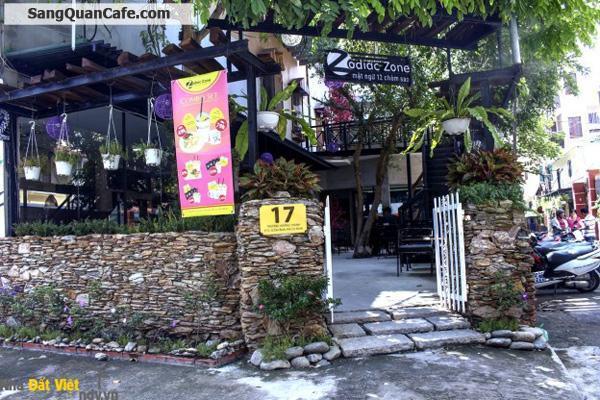 Sang quán cafe có 2 phòng lạnh, 1 sân vườn, 1 sân thượng