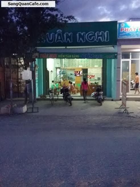 Sang quán cafe, cơm trưa đối diện công Mêtro Hiệp Phú