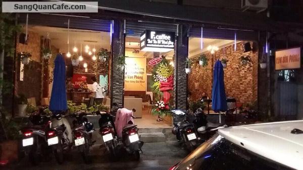 Sang quán cafe cơm văn phòng khu Bàu Cát