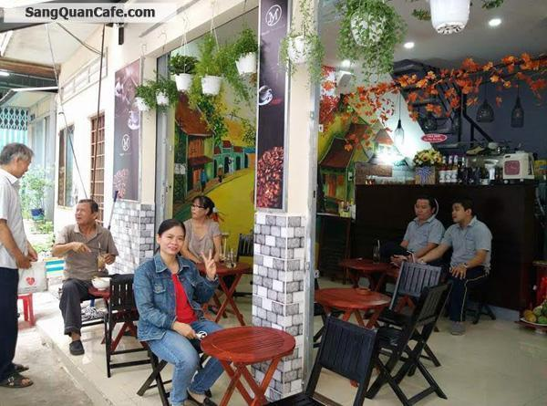 Sang quán cafe cơm văn văn tại quận 1