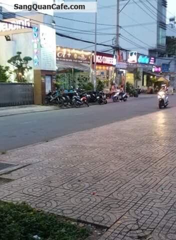Sang quán cafe cực đông khách quận Tân Phú
