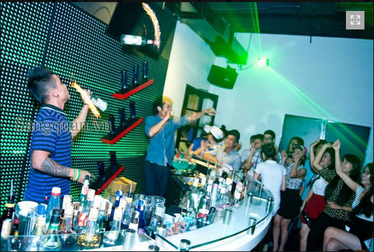 Sang Quán Cafe DJ đường Lê Hồng Phong, Quận. 10