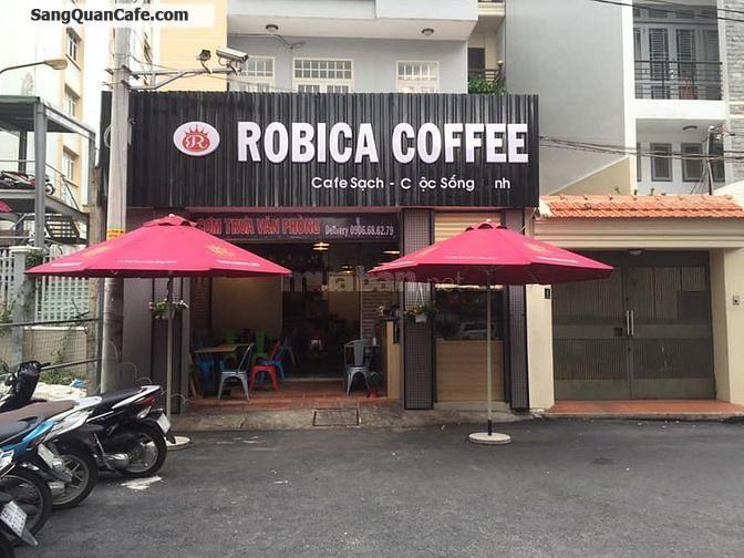 Sang quán cafe nhà nguyên căn đường lớn đông đúc & nhộn nhịp.