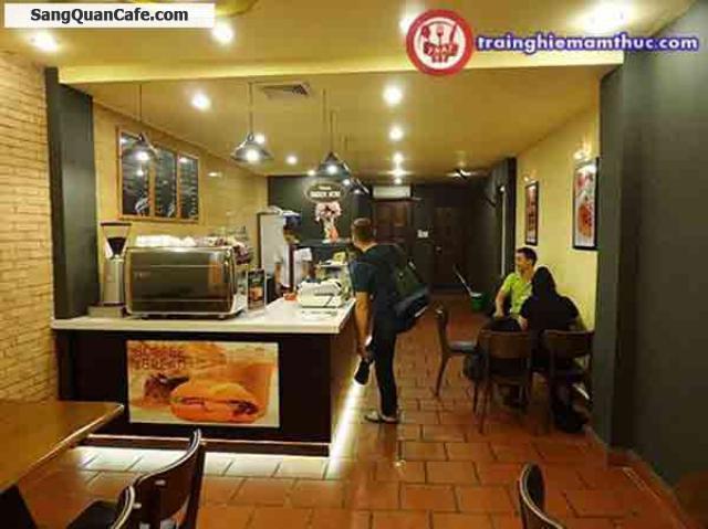 Sang quán cafe đường Paster