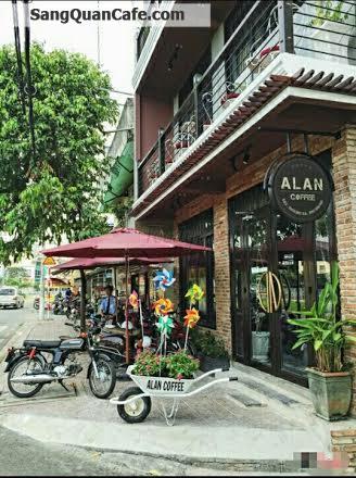 Sang quán cafe đường Trường Sa