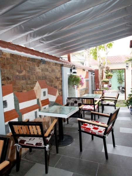 Sang quán cafe góc 2 mặt tiền đường Khánh Hội, Quận 4