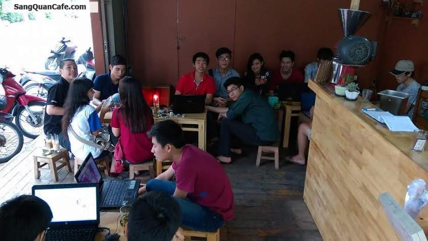 Sang quán cafe góc 2 mặt tiền quận Tân Phú