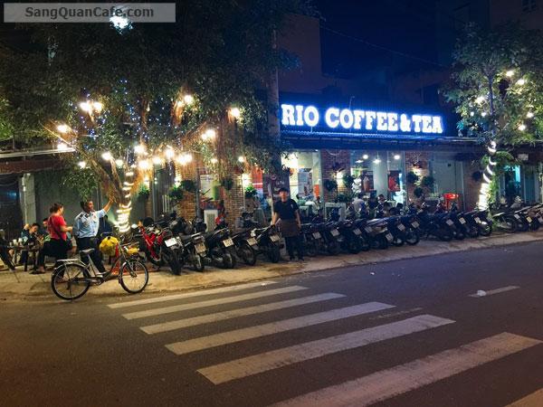 Sang quán cafe góc 2 mặt tiền Tân Phú