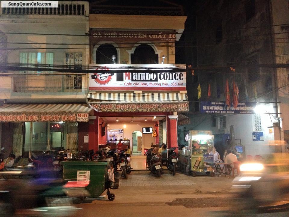 Sang quán cafe góc hai mặt tiền  quận 5