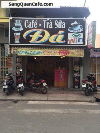 Sang quán cafe góc ngã ba giữa 2 trường học