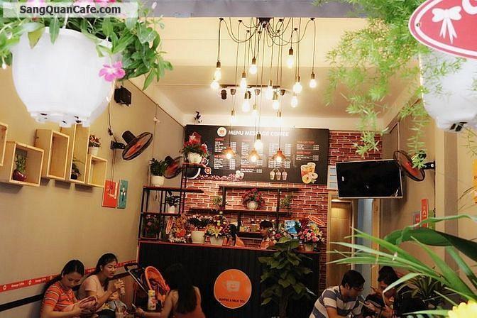 Sang Quán Cafe Hẻm Số 9, Lý Văn Phức, Tân Định, Quận 1