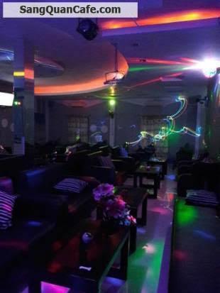 Sang quán cafe mặt bẳng rộng đẹp 10 x 40m