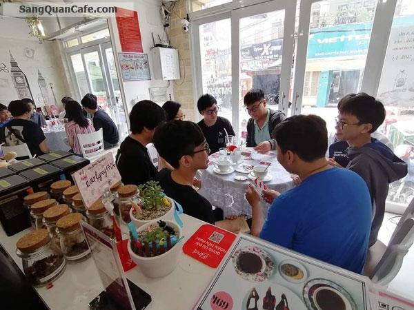Sang quán cafe mặt tiền đường D1, Bình Thạnh