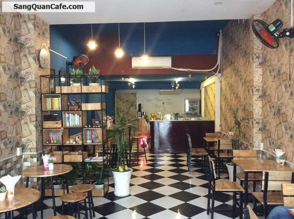 Sang quán cafe mặt tiền khu sầm uất