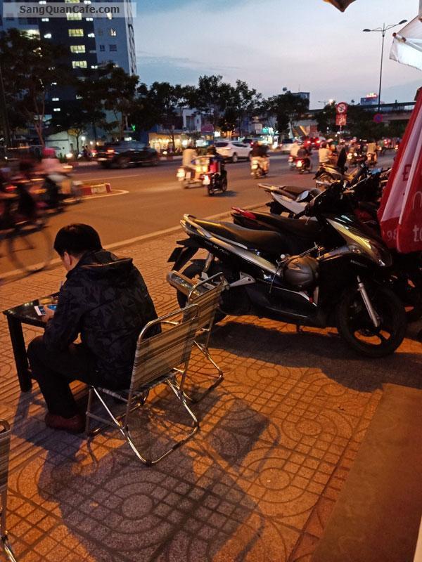 Sang quán cafe mặt tiền Phạm Văn Đồng