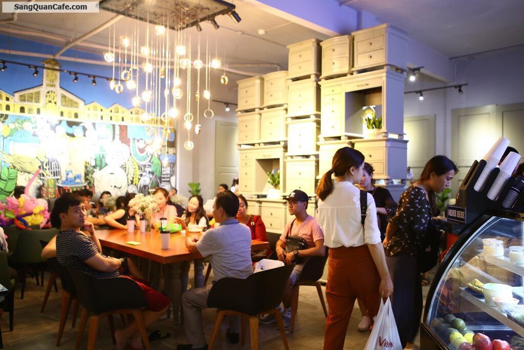 Sang quán cafe mặt tiền phố đi bộ - Tà Hine Cà Phê