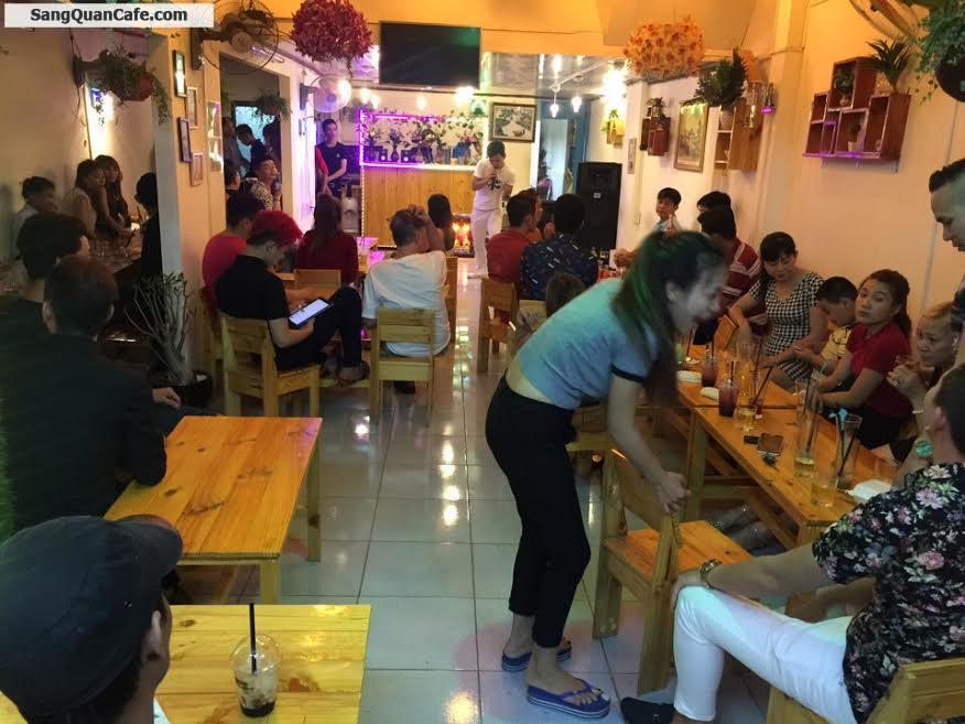 Sang quán cafe mặt tiền quận 8