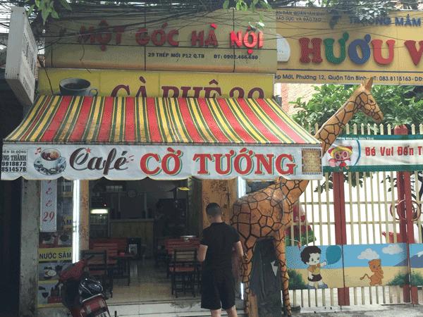 Sang quán cafe mặt tiền Thép Mới gần chợ Hàng Hoa Thám