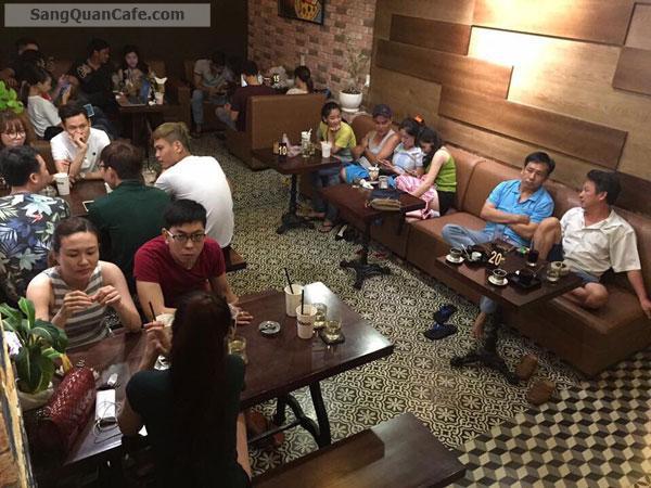 Sang Quán Cafe Máy lạnh và Ăn Uống