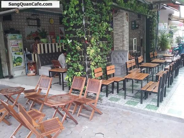 Sang quán cafe ngay góc ngã tư đối diện chợ Phú Thọ