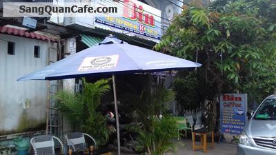 Sang quán cafe ngay góc ngã tư quận Tân Phú
