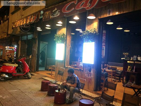Sang quán cafe ngay mặt tiền đường Hoàng Sa