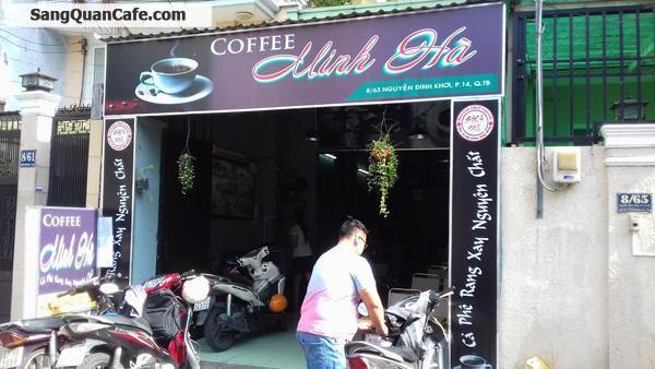 Sang quán cafe ngay ngã ba quận Tân Bình