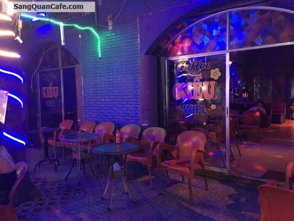 Sang quán cafe nhạc trẻ mặt tiền đường Lê Văn Quới