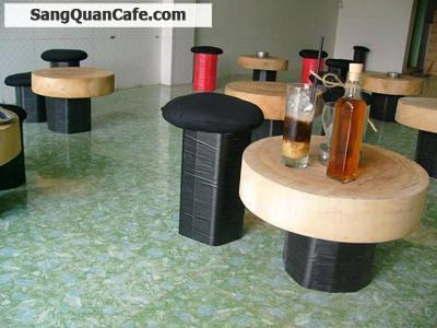 Sang quán cafe nhỏ ngay trường Đại học Công Nghiệp