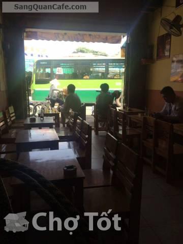 Sang quán cafe ở bến xe bus hiệp thành