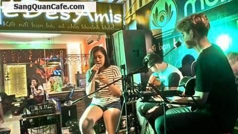 Sang quán cafe phong cách acoustic, rất hiện đại và sang trọng