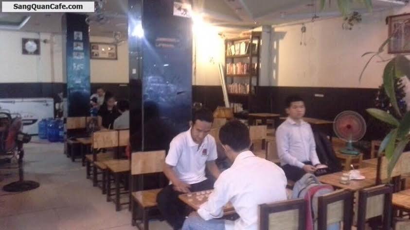 Sang quán cafe rất đông khách quận 10