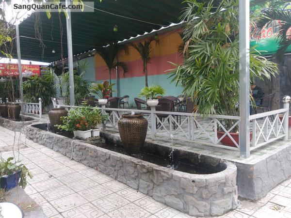 Sang quán cafe sân vườn  thiết kế đẹp và sang trọng.