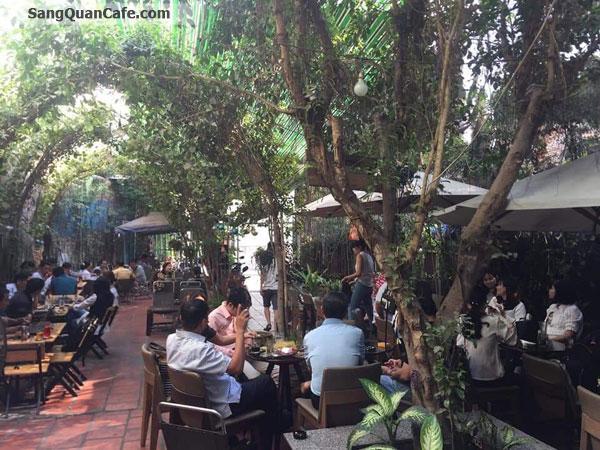Sang quán cafe Sân Vườn, Bóng Đá, Cơm VP.