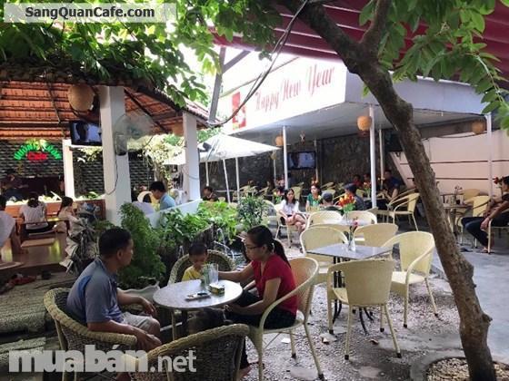 Sang quán Cafe Sân Vườn, Ca Nhạc Hàng Đêm