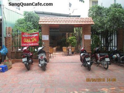 Sang quán cafe sân vườn đối diện Đại Học GTVT