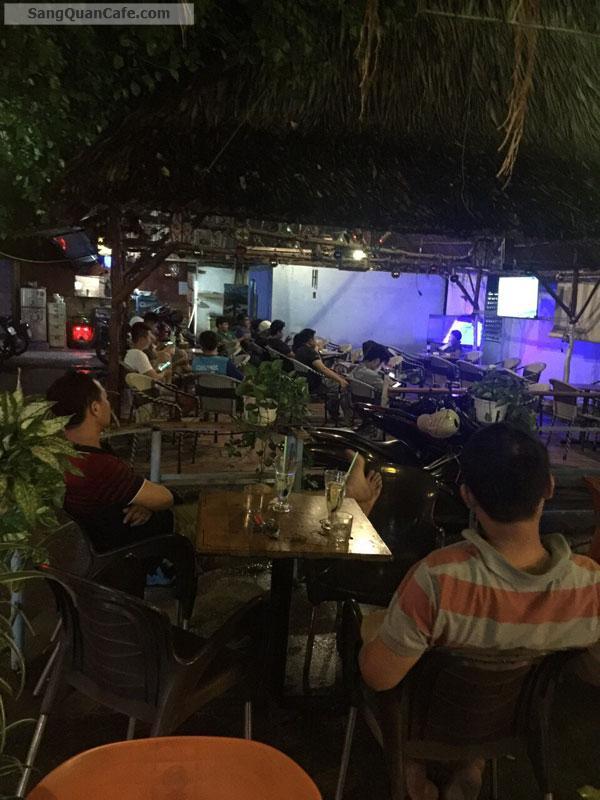 Sang quán cafe sân vườn, võng