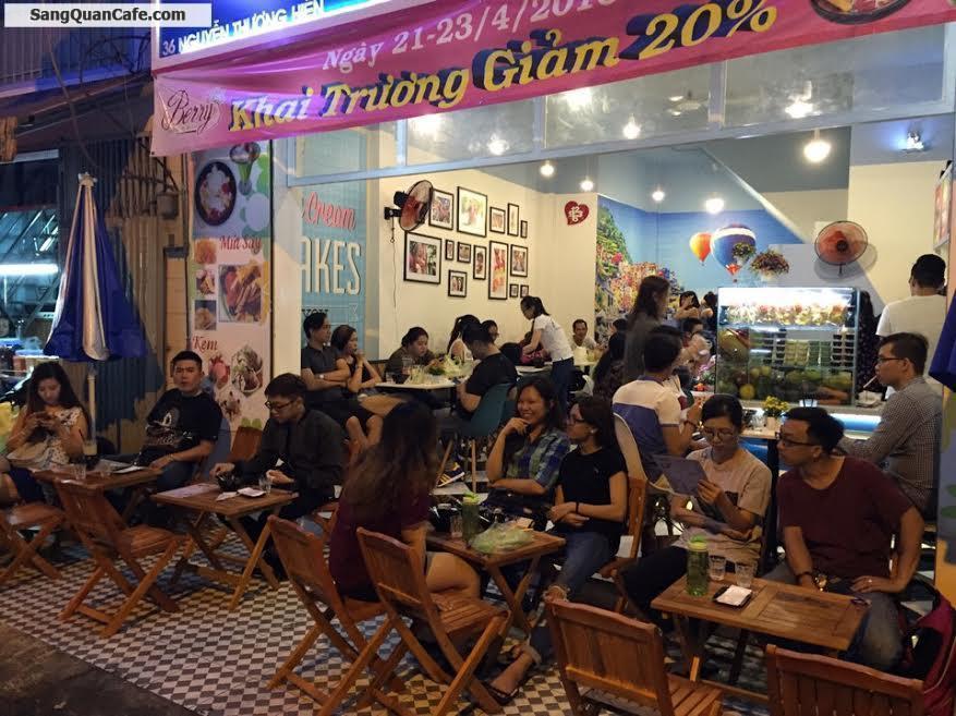 Sang quán cafe sinh tố trung tâm quận 3