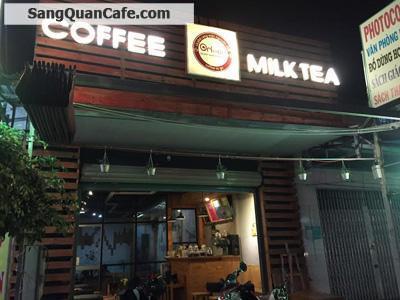 Sang quán cafe, trà sữa đối diện trường học