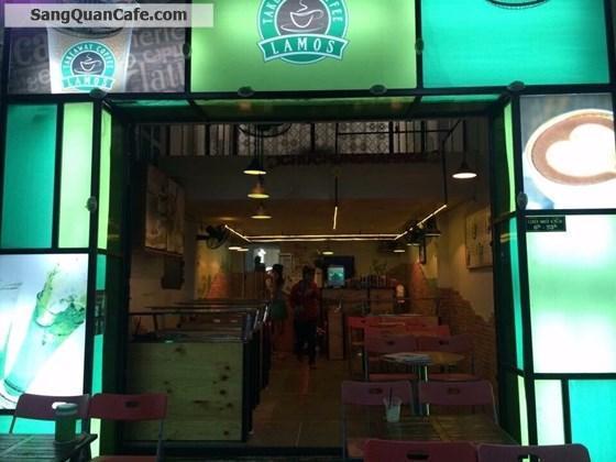 Sang quán cafe vi trí đẹp quận 4
